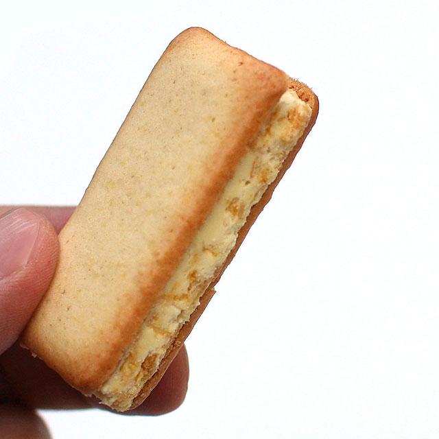 アイスクリン・クッキーサンド